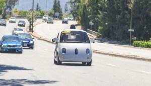 <b>Fermata la Google Car</b>