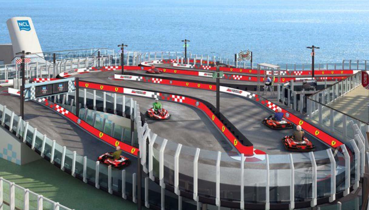 Norwegian Cruise crea la prima pista di Go-Kart Ferrari sul mare