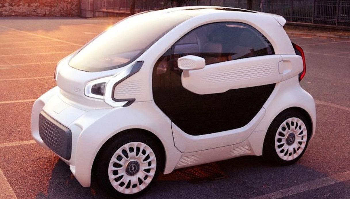 lsev prima auto con stampante 3d