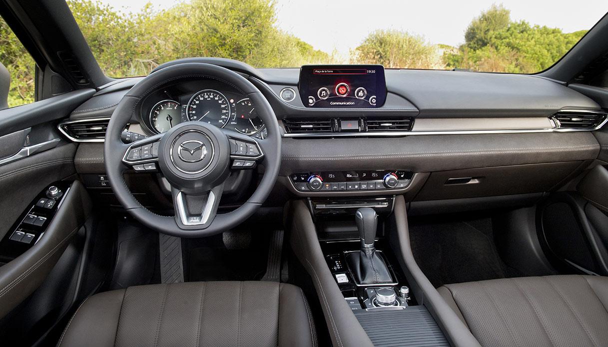 Mazda 6 Interno