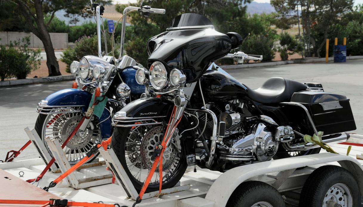 Rimorchio con moto