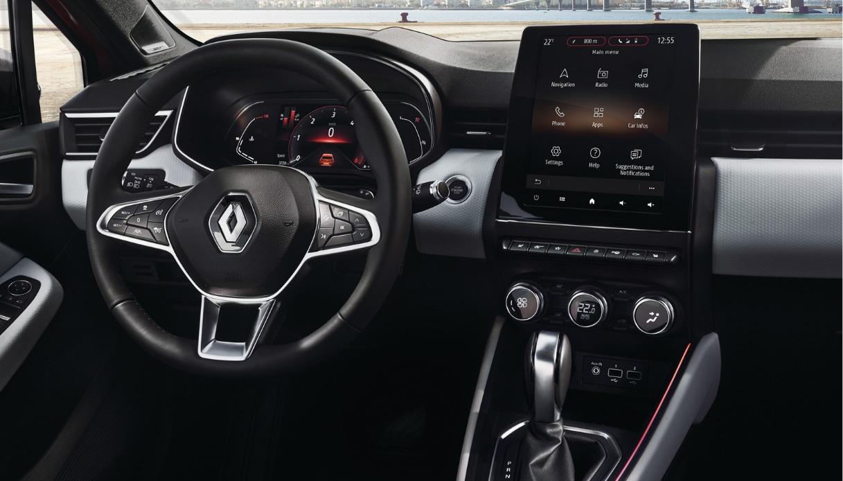 Renault Clio, ecco come saranno i nuovi interni: lo schermo centrale verticale