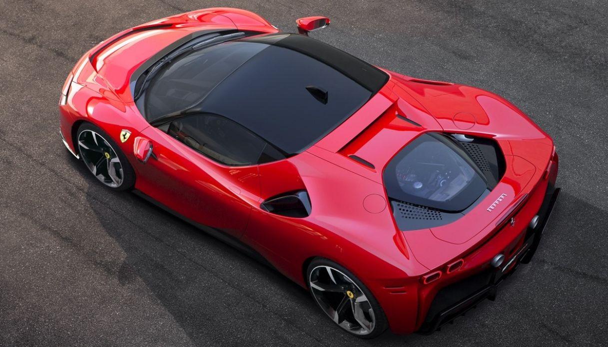 Ferrari SF90 Stradale, il nuovo bolido con tecnologia ibrida