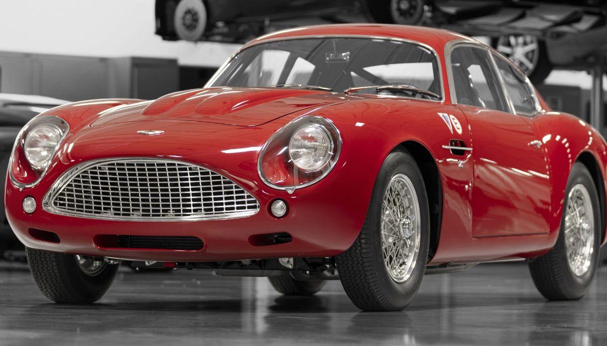 nuova-Aston_Martin_DB4_GT_Zagato_Continuation