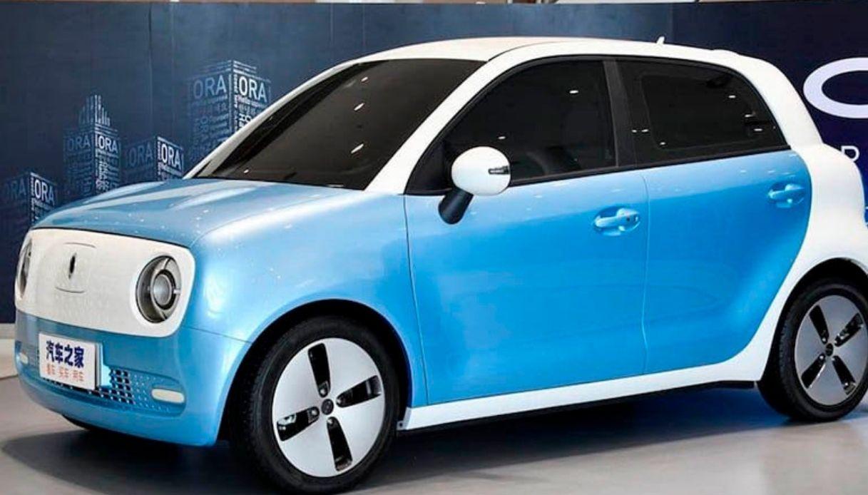 ora r1 auto elettrica