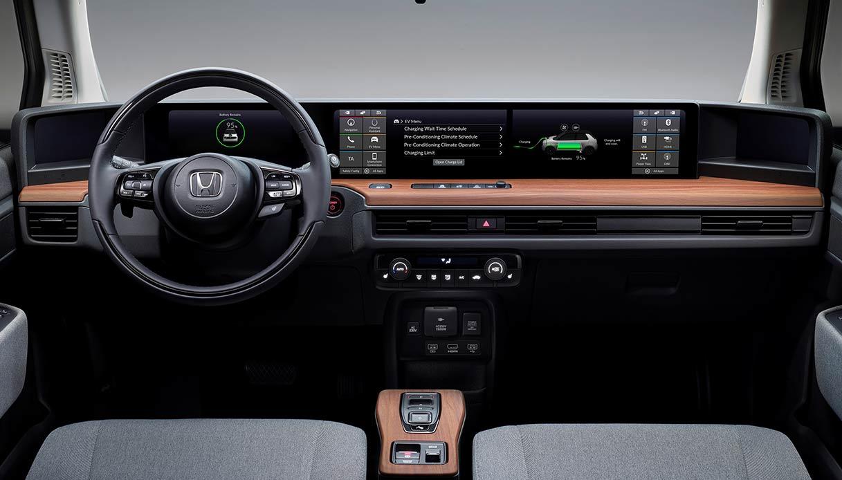 Abitacolo della Honda-E