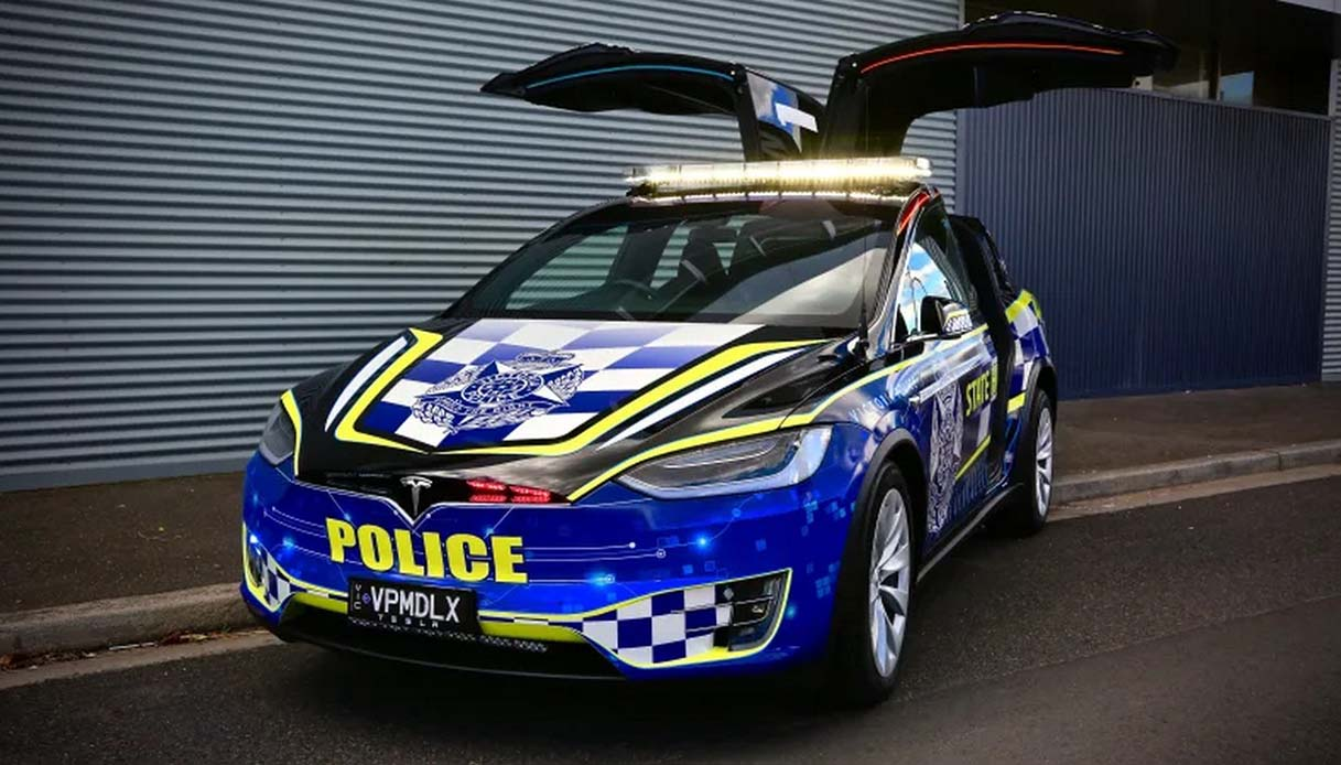 Tesla Model X della polizia australiana