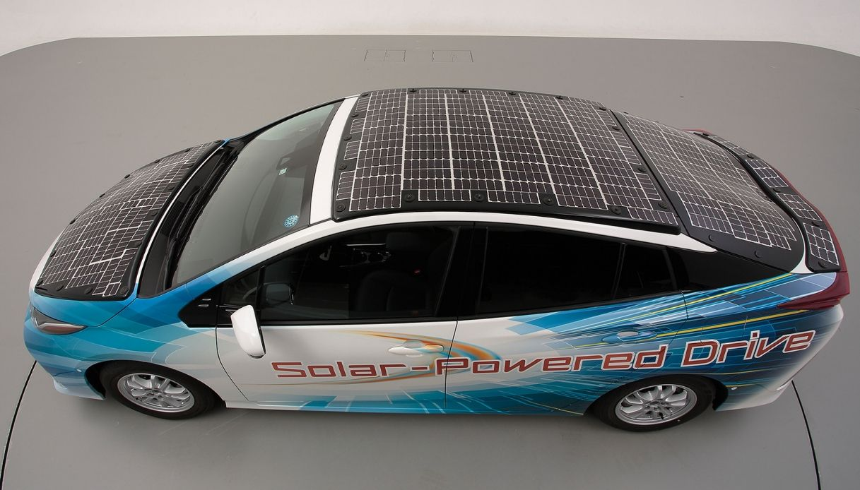 toyota prius pannelli solari