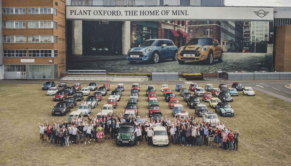 Le 60 Mini celebrative