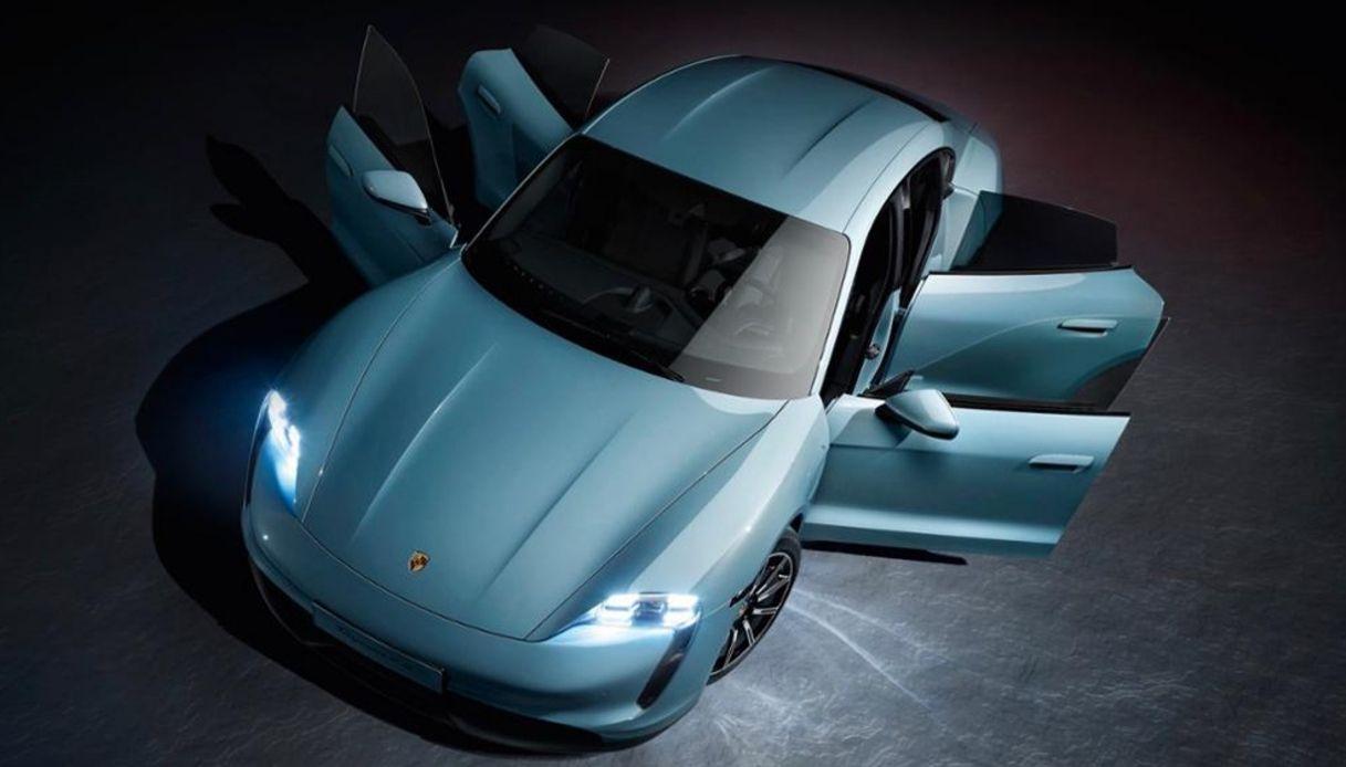 Porsche Taycan 4S, si amplia la gamma di sportive elettriche