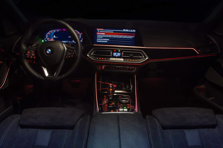 Interni in Alcantara del BMW X5